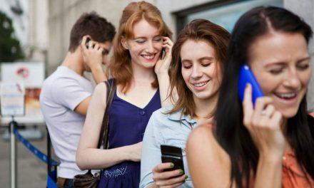 """El teléfono inteligente nos está volviendo """"idiotas"""""""
